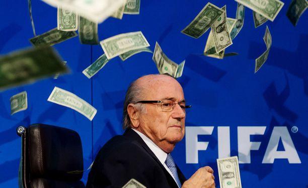 Sepp Blatter ei ilahtunut brittikoomikon huumorista.
