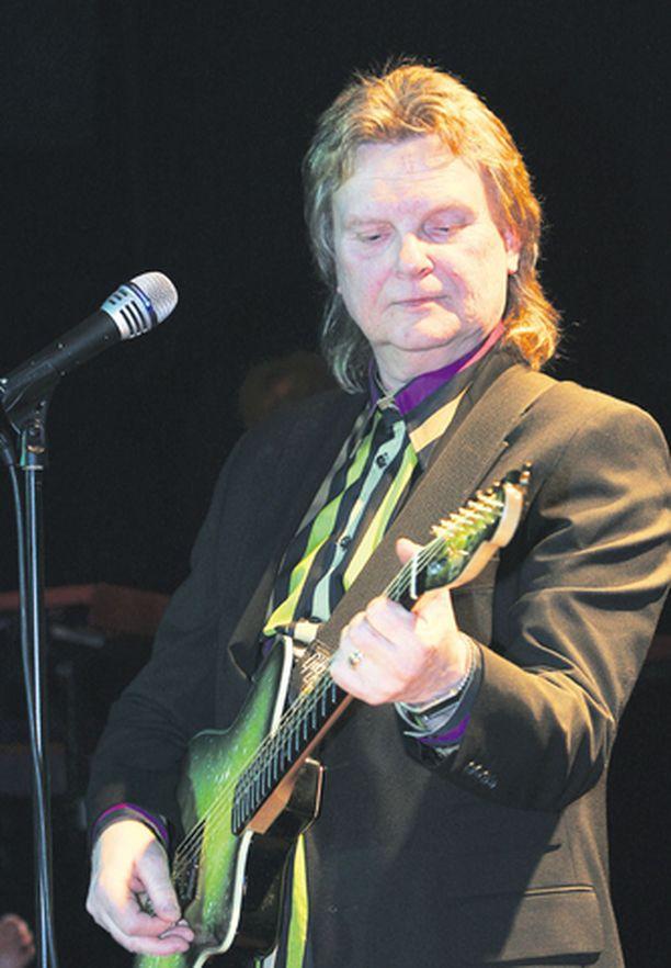 Pepe Willbergin lähes koko konsertti-kiertue peruuntui heikon kysynnän vuoksi.
