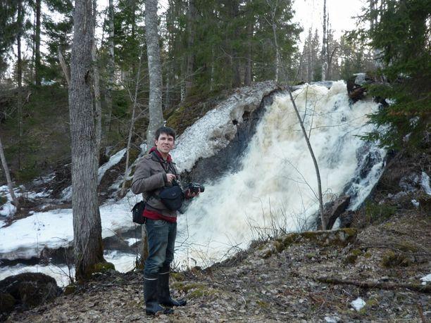 Jussi Laine on suomalaisia vesiputouksia esittelevän sivuston perustaja ja ylläpitäjä.