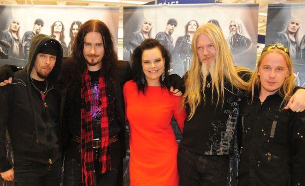 Nightwishin Imaginaerum myi heti tuplaplatinaa.