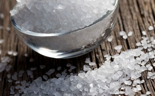 """Jopa 80% suolantarpeesta täyttyy """"vahingossa"""" – tiedätkö missä on suolan sopivan määrän raja?"""
