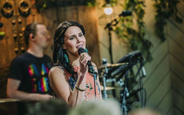 Anne Mattila koki, että hänen valitsemansa Ellinooran kappale oli kuin hänelle tehty.