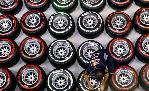 Arkistokuva vuodelta 2013 näyttää, millaista F1-rengassirkus voi parhaimmillaan olla.