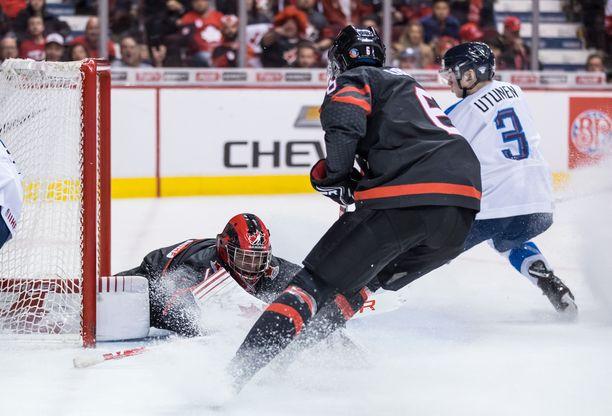 Toni Utunen onnistui omassa paikassaan ja vei Suomen välieriin. Hetkeä aikaisemmin Kanadan Noah Dobsonin yritys epäonnistui katkenneen mailan takia.