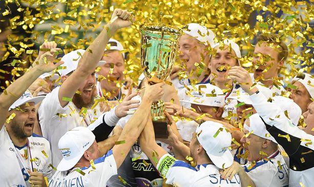 Suomen miesten maajoukkue pääsee pelaamaan MM-turnauksen kotiyleisön edessä 2021.