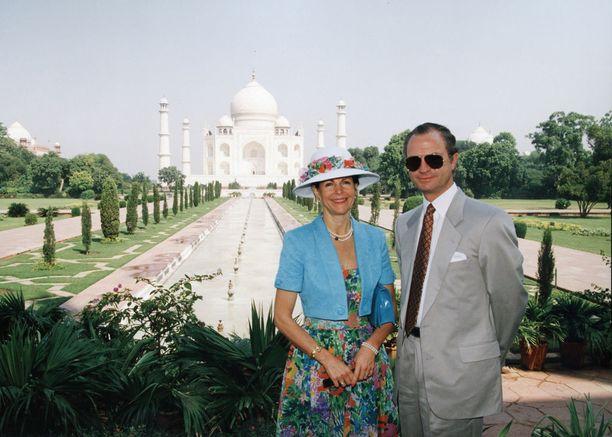 Silvia ja Kaarle Kustaa ovat käyneet sadoissa mielenkiintoisissa paikoissa.