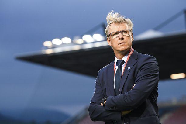 Markku Kanerva jatkaa Huuhkajien päävalmentajana.