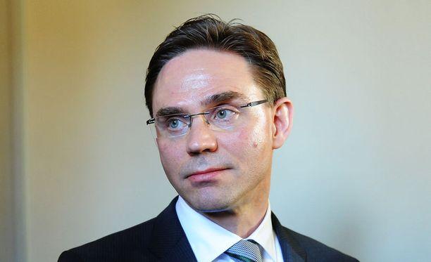Himanen puhui suhteestaan pääministeriin.