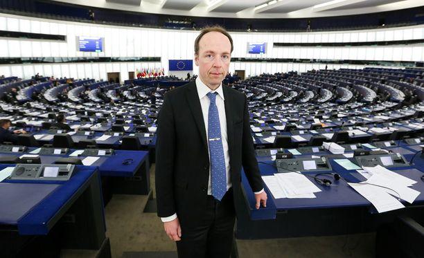 Europarlamentaarikko Jussi Halla-aho Strasbourgissa.