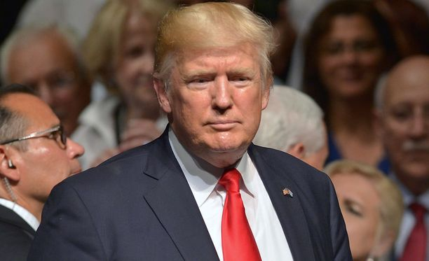 """Brutaali hallinto"", kommentoi Trump."