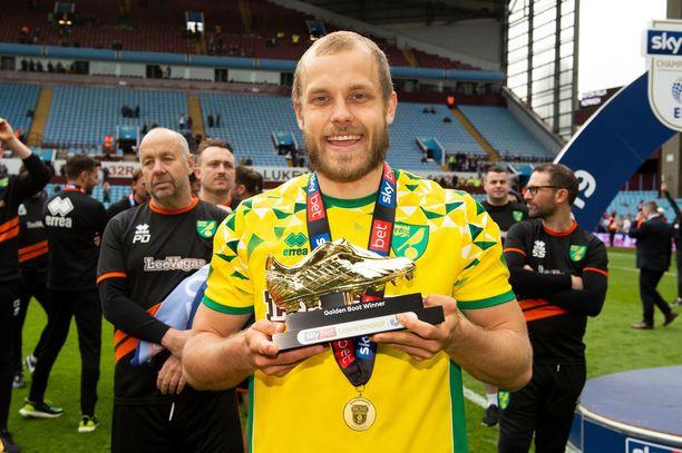 Teemu Pukki valittiin Championshipin parhaaksi pelaajaksi. Sunnuntaina varmistui Norwichin mestaruus ja Pukin maalikuninkuus.