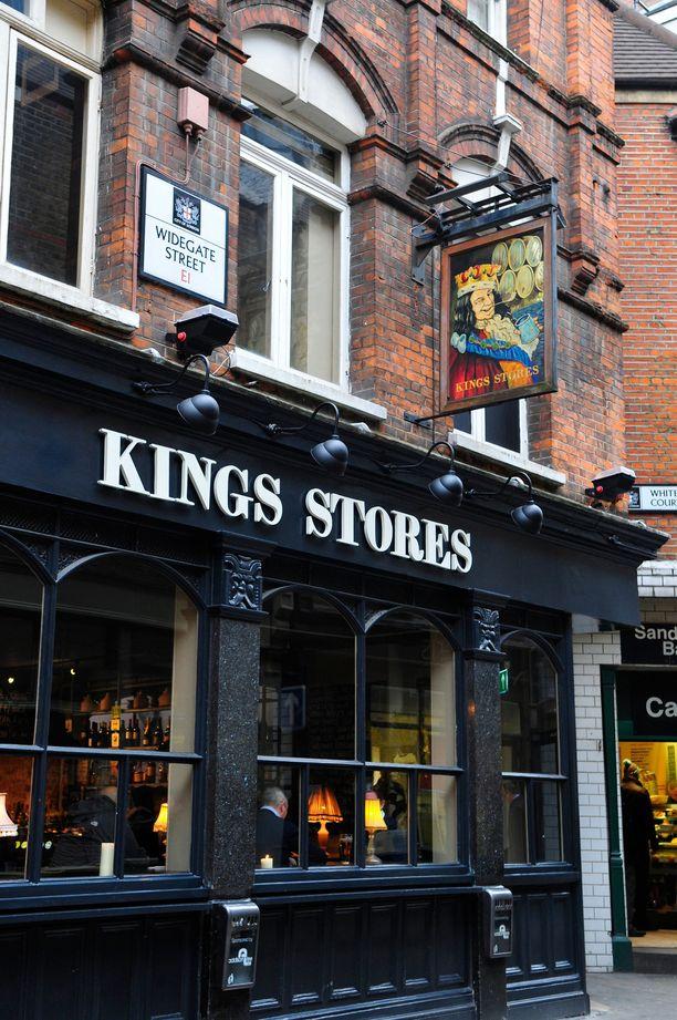 Widegate Street on historiallisen oloista nyky-Lontoota.