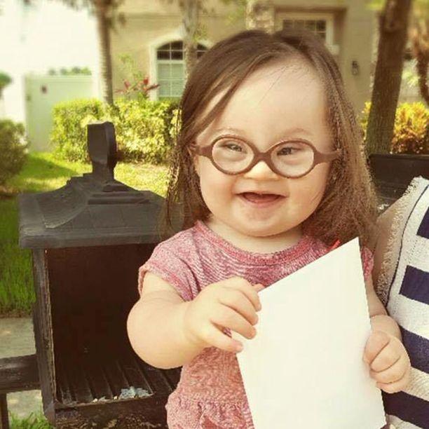 Emmy postitti yhdessä äitinsä kanssa kirjeen lääkärille.