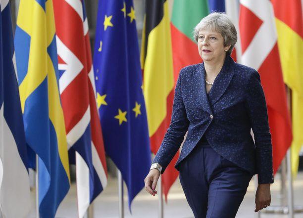 Britannian pääministerin Theresa Mayn odotetaan sopivan hallituksensa kanssa tämän viikon perjantaina, minkälaisen erosopimuksen se odottaa saavansa solmittua Euroopan unionin kanssa.