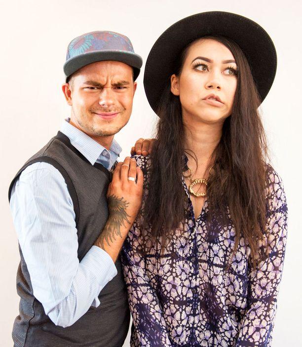 Niko Saarinen ja Sini Laitinen odottivat innolla ohjelmansa käynnistymistä MTV:n syksyn ohjelmien pressitilaisuudessa elokuussa.