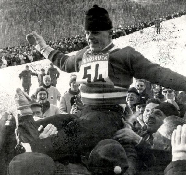 Näin komeasti juhlittiin Keski-Euroopan Mäkiviikon voittajaa, Veikko Kankkosta, 1960-luvulla.