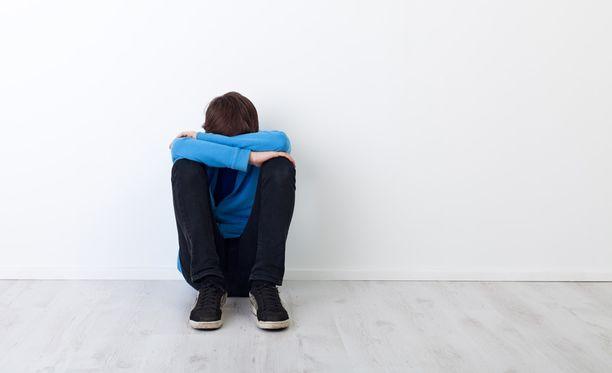 Nimimerkki Jekutetun pojan äiti kertoo Helsingin Sanomissa poikansa kokemasta kiusaamisesta.