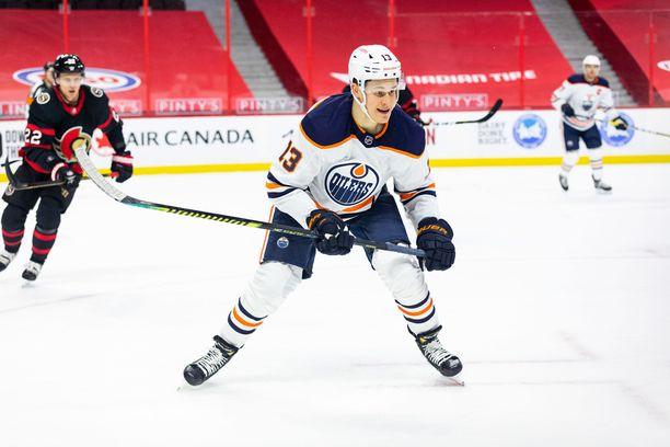 Jesse Puljujärvi jäi ilman tehopisteitä viime ottelussa Ottawaa vastaan.