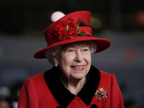 Kuningatar Elisabet kannattaa Black Lives Matter -liikettä, joka ajaa mustien ja muiden rodullistettujen oikeuksia.
