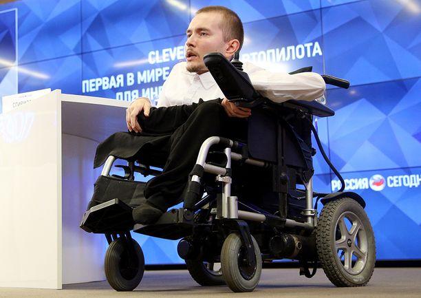 Spiridonov kärsii kuolemaan johtavasta harvinaisesta lihassurkastumasta.
