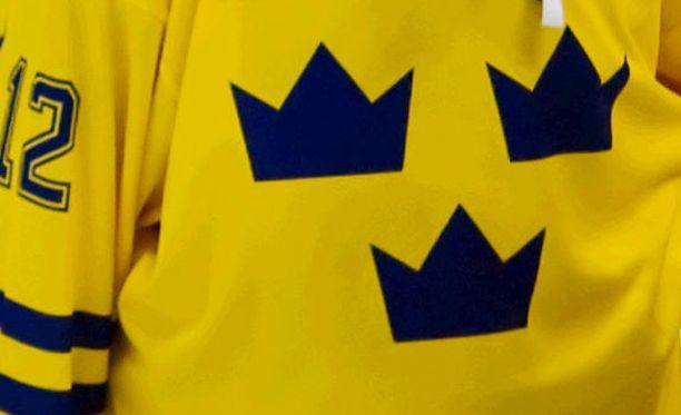 Ruotsin naisten jääkiekkomaajoukkueessa kuohuu keskellä kesää.