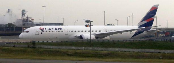 Traaginen tapaus sattui Latam-lentoyhtiön koneessa.