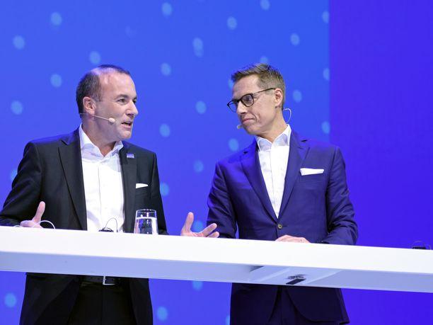 Saksan Manfred Weberin ja Suomen Alexander Stubbin odotettu debtti oli enemmän kohteliaita lausuntoja kuin aitoa keskustelua.