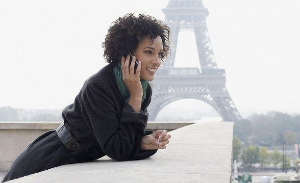 Ranskassa tehdään lyhyttä työviikkoa, mutta vapaa-aika ja työaika halutaan silti erottaa.