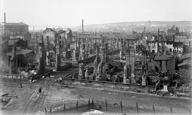 Tuhoutunutta Tammelaa sisällissodan taistelujen jälkeen.