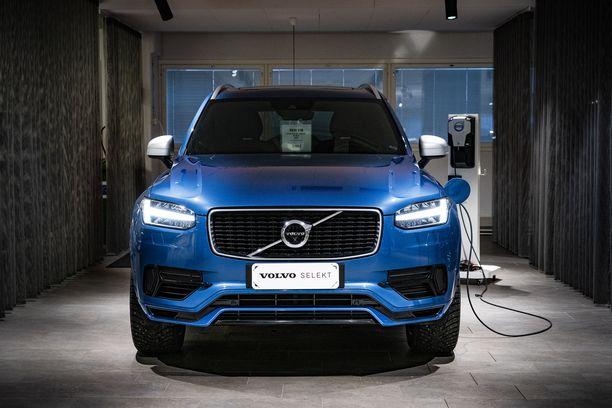 Volvo Selekt -vaihtoautoihin kuuluu aina 12 tai 24 kuukauden takuu.