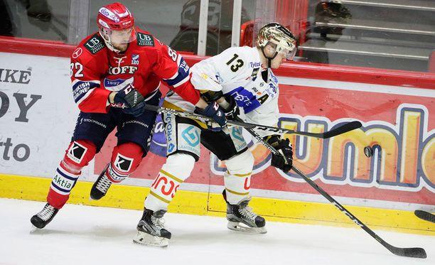 Jarkko Malinen ja Julius Junttila ovat osuneet kumpikin kertaalleen tänään.