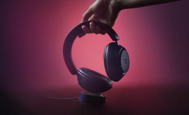 Dimensions-kuulokkeet ladataan omalla alustalla.