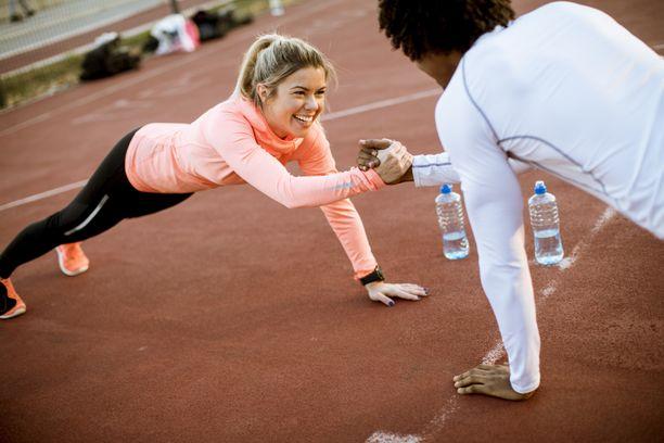 Fyysisen kunnon kohentamisessa oleellista on myös ravitsemus.