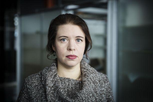 Kansanedustaja Anna Kontula on tehnyt kirjan eduskunnasta.
