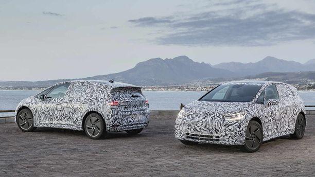 Tässä pn Volkswagenin uusi Kansanauto (vielä naamioituna syksyyn asti).  ID.3 avaa sähköautoilun aikakauden VW:n konsernissa.