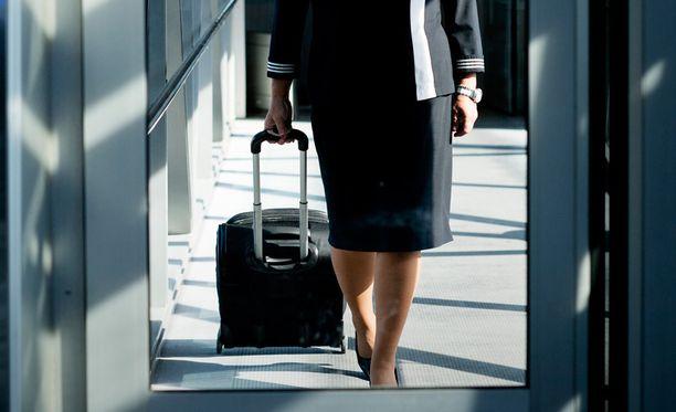 Finnair ulkoisti Hongkongin ja Singaporen reittiensä matkustamohenkilökunnan syyskuussa osana säästöohjelmaa.