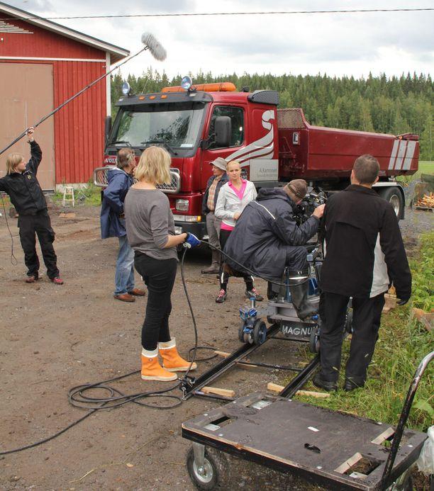 Ylen TV2:ssa nähty Pirunpelto-sarja oli yleisömenestys.