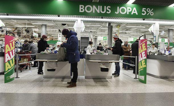 Pian neljässä Prismassa voi käydä ostoksilla vuorokauden ympäri. Kuva Espoon kauppakeskus Sellon Prismasta.
