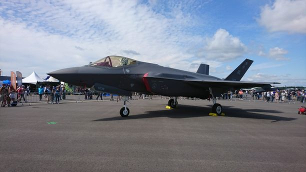 Amerikkalainen viidennen sukupolven häivehävittäjä, Lockheed Martinin F-35 oli esillä Suomessa nyt ensimmäistä kertaa.