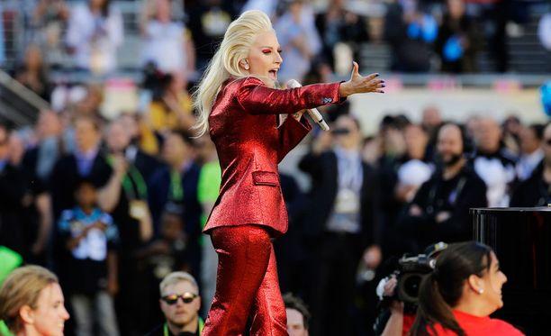 Lady Gaga lauloi kansallislaulun edellisessä Super Bowlissa.