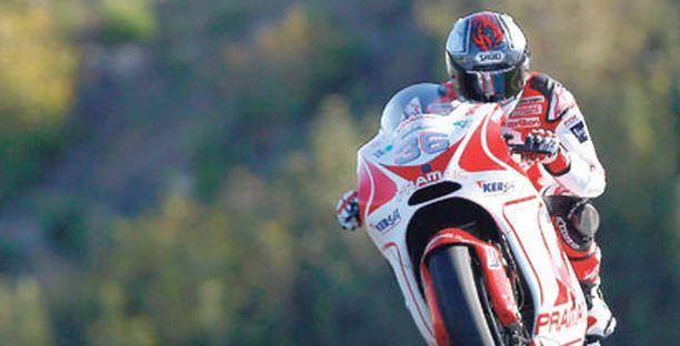 Mika Kallio otti MotoGp-pyörään tuntumaa viime viikolla Jerezissä.
