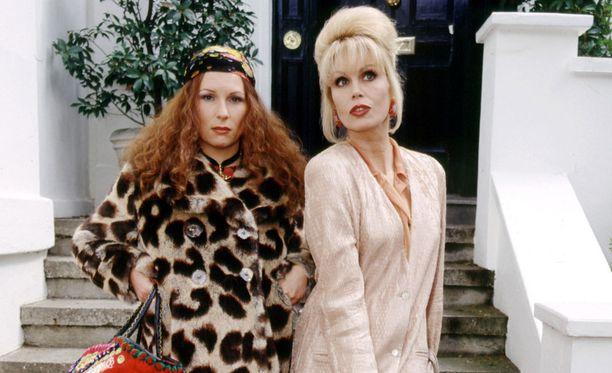 Edinaa esittää Jennifer Saunders ja Patsya Joanna Lumley.