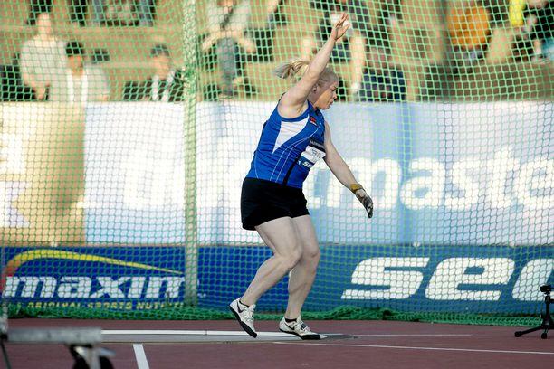 Krista Tervo jäi perjantain moukarifinaalissa tulokseen 64,52. Hän on tällä kaudella heittänyt parhaimmillaan liki kahdeksan metriä pidemmälle.