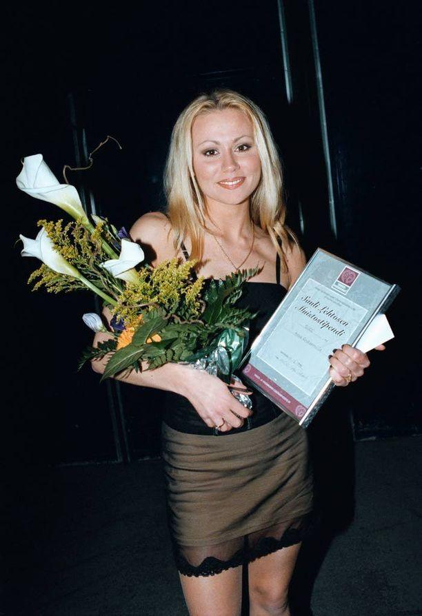 Vuonna 1999 Anna Eriksson sai Sauli Lehtosen muistorahaston kannustusstipendin.