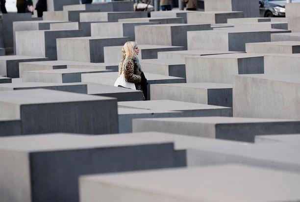 Holokaustin päättymisestä on kohta 73 vuotta. Kuvassa Berliinin holokaustimuistomerkki.