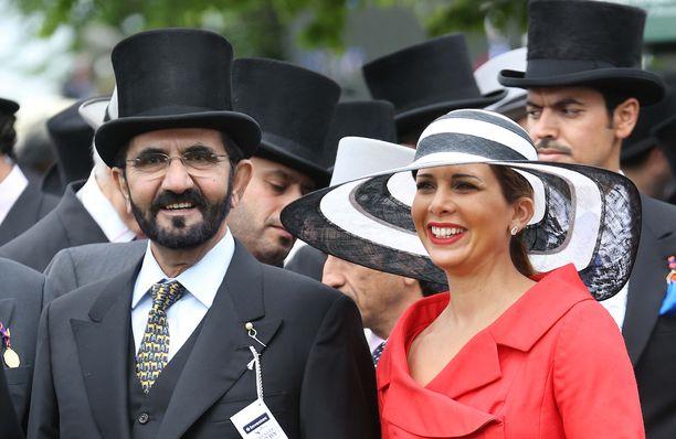 Šeikki Mohammed on osallistunut joka vuosi maailman seurapiirien huipputapahtumaan Ascotin ajoihin vaimonsa prinsessa Hayan kanssa. Tänä vuonna šeikki tuli yksinään. Kuva on vuodelta 2013.