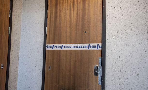 Poliisi ampui 35-vuotiaan miehen tässä asunnossa Tuusulan Riihikalliossa.