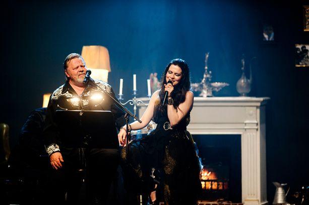 Jennin soolouran ikimuistoisimpia hetkiä oli esiintyminen Vesa-Matti Loirin kanssa.