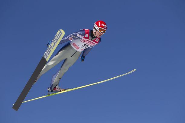 SE-hyppy 240 metriä on yhä Janne Happosen nimissä.