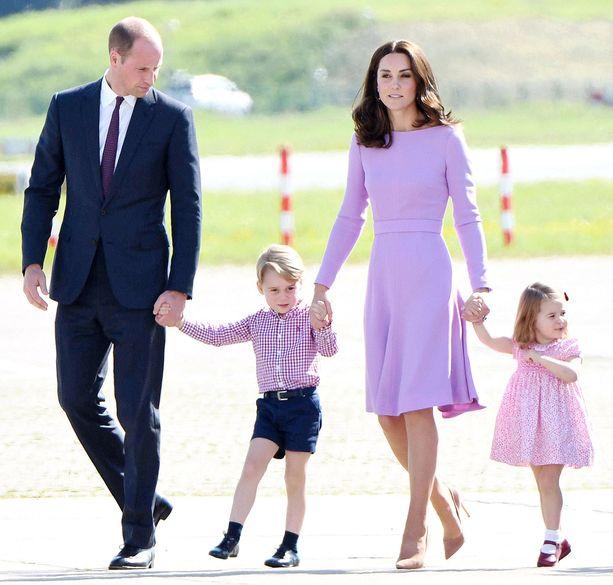 Herttuaparilla on ennestään kaksi lasta, prinssi George ja prinsessa Charlotte.